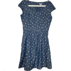 Old Navy Chambray Dress w Pockets Denim Floral S/M